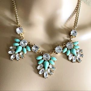 Statement Necklace in aqua & clear stones